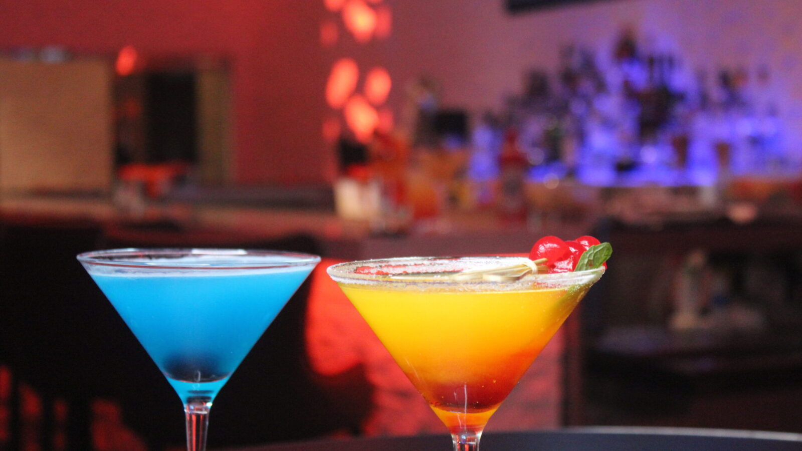 Martinis_colorfull_happy_hours